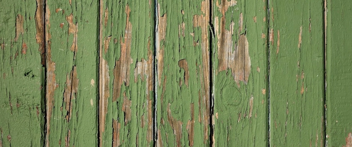 Green-distressed-paint-technique-on-door